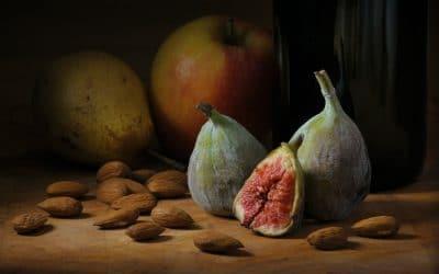 Figs by Kazi Ushioda
