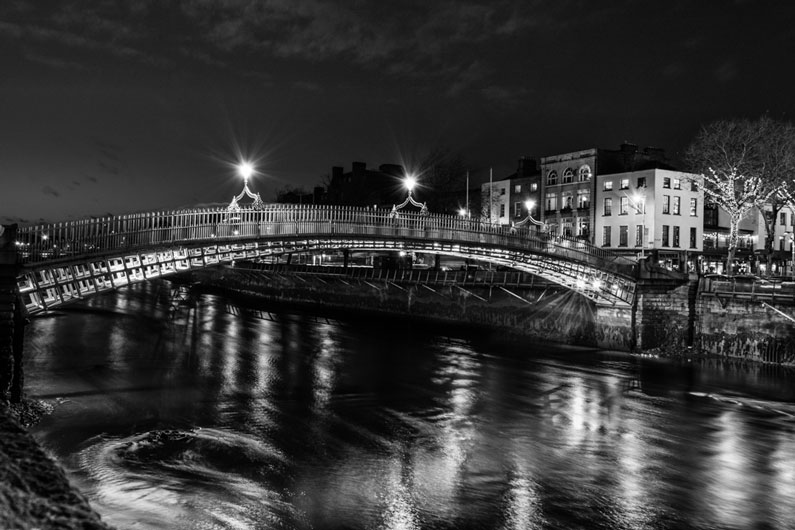 Halfpenny bridge by robert hackett